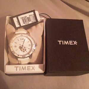 NWT Timex T2M5106k automatic dive style watch